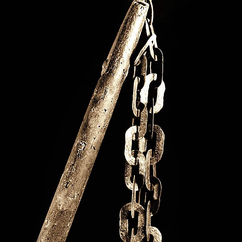 A chain scourges